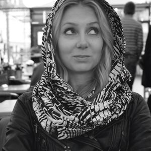 Pauliina-K-Lumoava-Designer-Lumoava-koru.jpg